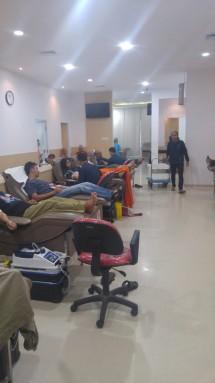 Pengambilan donor darah oleh Gayatri