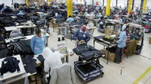 Produksi Tekstil (Ilustrasi)