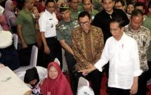 Presiden Jokowi dan Dirut BNI Achmad Baiquni (Foto Rizki Meirino)