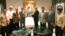 Ketua Umum Kadin Indonesia Rosan P. Roeslani saat menemui Presiden Komite Organisasi Luar Negeri Musiad Ibrahim Uyar (Foto: Kadin)