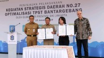 Pemerintah Provinsi DKI Jakarta bersama dengan PT Holcim Indonesia Tbk melakukan penandatanganan Perjanjian Kerja Sama tentang Penelitian Sampah di TPST Bantargebang yang dihadiri langsung oleh Gubernur DKI Jakarta, Anies Baswedan