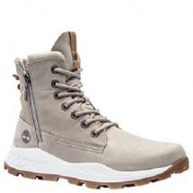 Salah satu varian baru Timberland, Brooklyn Boot, yang diluncurkan pada awal 2019 ini