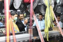 Menteri Perindustrian Airlangga Hartarto saat mengunjungi pabrik tekstil PT. Sukorintex (Foto: Kemenperin)