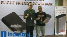 SPINER Gandeng Tokopedia Luncurkan Power Bank Flight Friendly (Hariyanto/INDUSTRY.co.id)
