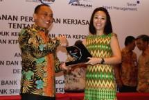 Tingkatkan Layanan, Home Credit Indonesia Perpanjang Kerja Sama dengan Kemendagri
