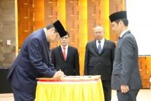 Menteri Perindustrian Airlangga Hartarto saat melantik pejabat eselon II di lingkungan Kemenperin