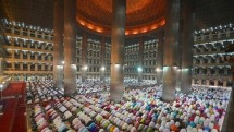 Masjid Istiqlal Jakarta. (Dasril Roszandi/Anadolu Agency/Getty Images)