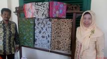 Ibu Sudiyono Pemilik Batik Paoman Art Sekaligus Pelestari Batik Khas Indramayu (Chodijah Febriyani/INDUSTRY.co.id)