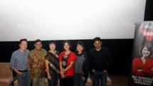 """Dian Sastrowardoyo saat nonton bareng film """"Kartini"""" bersama 1000 guru"""