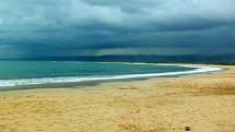 Eksotisme Pantai Santolo Garut