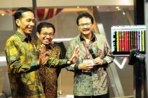 Presiden Jokowi saat berkunjung ke PT Bursa Efek Indonesia (Foto Ist)