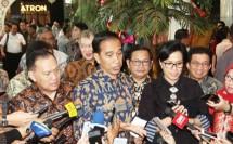 Gubernur BI Agus Martowardojo bersama Preseiden Jokowi dan Menkeu Sri Mulyani (Foto Rizki Meirino)