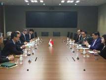 Menteri Perindustrian, Airlangga Hartarto saat bertemu dengan Executive Vice Presiden Sojitz Corporation, Satoshi Mizui