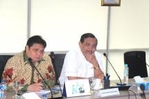 Menperin Airlangga Hartarto dan Menko Maritim Luhut Panjaitan (dok-Maritim.go.id)