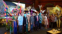 Press Conference Jember Fashion Carnaval 2017 di di Balairung Soesilo Soedarman, Gedung Sapta Pesona, Kementerian Pariwisata (Chodijah Febriyani/Industry.co.id)
