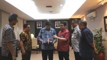 Menperin bersama Dirut PT PAL Indonesia