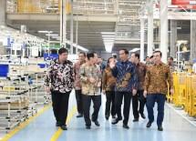 Presiden dan Menperin tinjau pabrik industri manufaktur