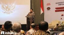 Menteri Perindustrian Airlangga Hartarto pada saat Rapat Kerja Nasional ke-XVIII Himpunan Kawasan Industri Indonesia (HKI) tahun 2017