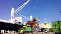 Pelabuhan , ilustrasi bongkar muat barang