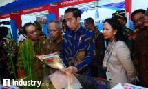 Presiden Jokowi didampingi Meneg BUMN , Menteri PUPR dan Dirut Bank BTN di acara IPEX 2017 ( dok Industry.co.id)