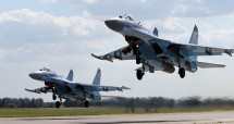 Pesawat Sukhoi Su-35. (Marina Lystseva/Getty Images)