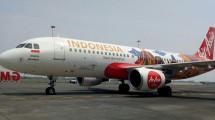 Pesawat Airbus A320-200, AirAsia Indonesia yang Berlogo Wondeful Indonesia dan Bercorak Destinasi Wisata Indonesia (Foto:Chodijah Febriyani/Industry.co.id)
