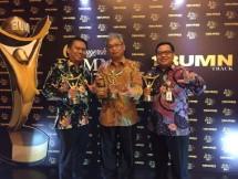 Perum JAMKRINDO Borong Tiga Piala BUMN Terbaik (Foto Anto)