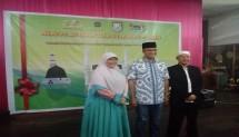 Kiri owner Azahra dan tengah Gubernur DKI terpilih Anies Baswedan