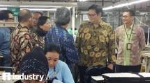 Menteri Perindustrian Airlangga Hartarto ketika melakukan kunjungan kerja di PT Delami Garment Industries