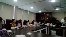 Para Analis Pefindo sedang memaparkan Rating dan Peringkat Beberapa Emiten Surat Utang (Wiyanto/Industry.co.id)