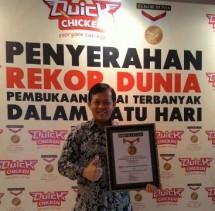 Peroleh Rekor MURI, Quick Chicken Buka 50 Gerai Secara Serentak (Foto Kormen)