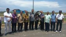 Bupati Kampar bersama Bupati Kendal dan jajaran manajemen KIK (dok-INDUSTRY.co.id)