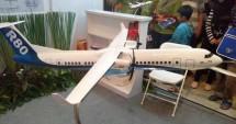 Replika Pesawat R80