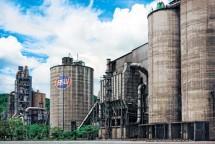 Ilustrasi Pabrik Semen.