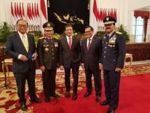 Panglima TNI Marsekal Hadi Tjahjono bersama Kapolri Tito Karnavian (Foto Dok Industry.co.id)