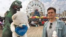 Traveler Asal Los Angeles, Kieran Murray Bertraveling Bersama Karakter Figure Godzilla yang Bernama Ryan (Foto:@ryangodzilling/Instagram)
