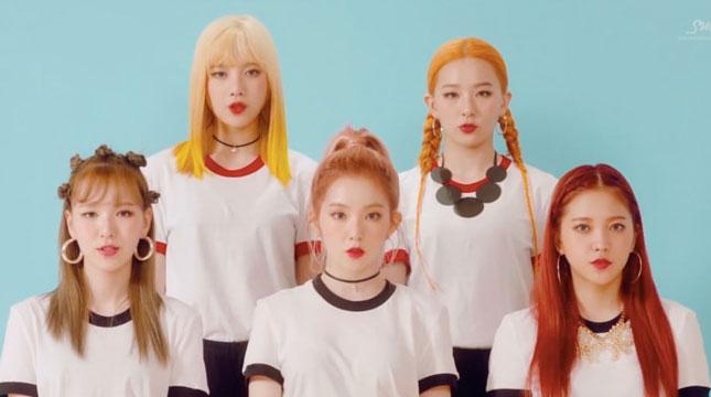 Cuplikan Video Russian Roulette, Red Velvet (Foto: www.soompi.com)