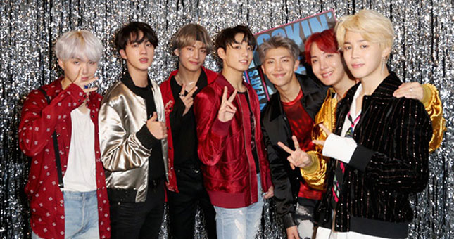 Bangtan Boys (BTS) Boy Band Korea Selatan (Foto: Hollywood Life)