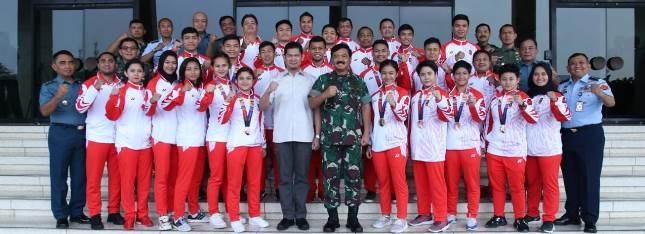 Panglima TNI TNI Marsekal TNI Dr. (H.C.) Hadi Tjahjanto, S.I.P