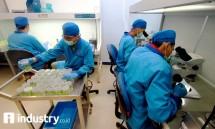 Ilustrasi penelitian vaksin (rino/industry.co.id)