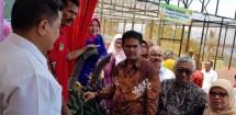 Dirjen Hortikultura Kementan Suwandi meninjau festival durian