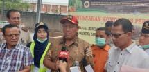 Kepala Badan Karantina Pertanian Ali Jamil saat musnahkan komoditas Ilegal