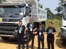 Volvo Trucks Indonesia memberi gebrakan baru bagi dunia truk di Indonesia, Volvo memperkenalkan inovasi terbarunya yang bernama Volvo Dynamic Steering.