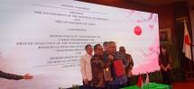 Penandatanganan Memorandum of Cooperation (MoC) antara Menteri Ketenagakerjaan, M Hanif Dhakiri dan Duta Besar Luar Jepang untuk Indonesia, Mr. Masafumi Ishii