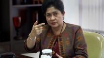 Menteri Kesehatan RI Prof.Dr.dr. Nila Djuwita F.Moeloek SpM (K) (Foto:frontroll)