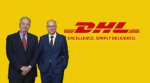 President Director DHL Global Forwading Indonesia Vincent Yong bersama VP Head of Road Freight & Multimoda ASEAN and South Asia DHL Global Forwading Bruno Selmoni saat peluncuran DHL Asiaconnect+ (Foto: Ridwan/Industry.co.id)