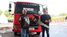 Astra UD Trucks Serahkan Unit Kuzer RKE 150 WB 3350 HD ke PT Jasa Berdikari Logistics
