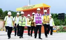 Jokowi Tinjau Tol Pekanbaru dumai