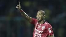 Leonard Tupamahu Bali United FC
