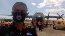 Pesawat udara C-130 Hercules milik TNI AU dengan nomor registrasi A-1314 telah melakukan uji landing untuk pertama kalinya di Bandara H. Hasan Aroeboesman Ende pada pukul 13.40 WITA, Selasa (4/8/2020) dan berhasil.